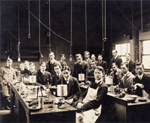 In 1899, guided by William Porter, HMS began requiring students to perform and discuss experiments in physiology. This new approach emphasized observation rather than didactic teaching alone.