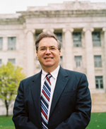 Dean Jeffrey S. Flier<br/>Photo by Len Rubenstein