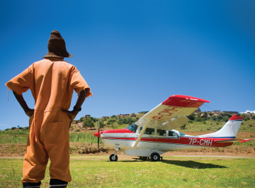 AIR DROP: With little or no access to regular health care, people living in remote areas such as Nohana in Lesotho depend on the airborne delivery of physicians. </br>Photo credit: Justin Ide/Harvard News Service