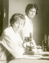 BLOOD WORK: Technicians Sylvia Warren (seated) and Olivia Ames volunteered in the Hematology Division of Thorndike Laboratory in the 1920s.<br/>Photo: Harvard Medical Library at the Francis A. Countway Library of Medicine