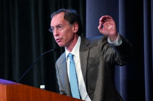 Robert Langer at the 2011 Warren Alpert Foundation Prize Symposium. Credit: Suzanne Camarata