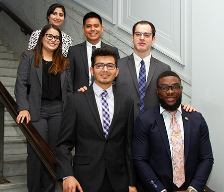 group photo of 2019 VRIP student interns