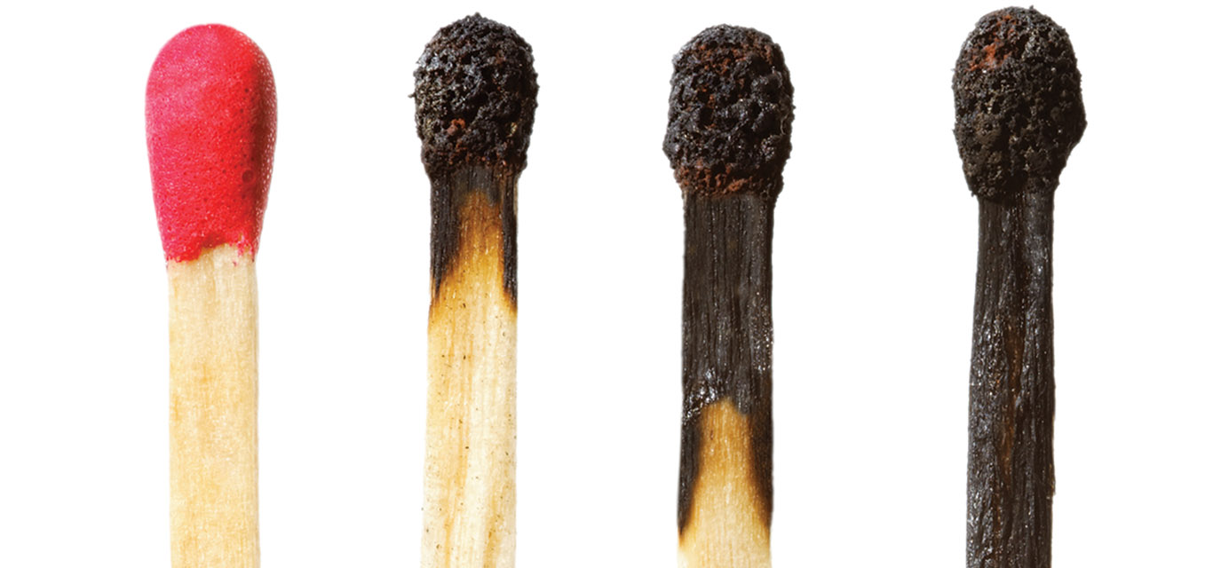matchsticks, unlit to increasing degrees of burn