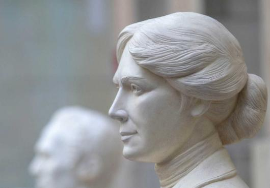 Photo of Alice Hamilton sculpture